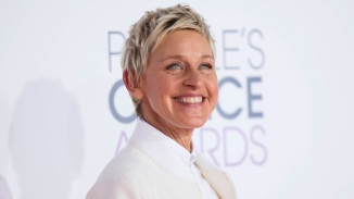 TV personality Ellen DeGeneres arrives at the 2015 People's Choice Awards in Los Angeles, California January 7, 2015. REUTERS/Danny Moloshok (UNITED STATES - Tags: ENTERTAINMENT) (PEOPLESCHOICE-ARRIVALS)